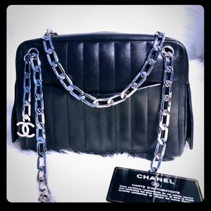 Auth Chanel Runway Purse🖤